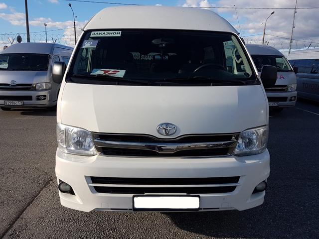 Аренда Toyota Hiace с водителем в Сочи